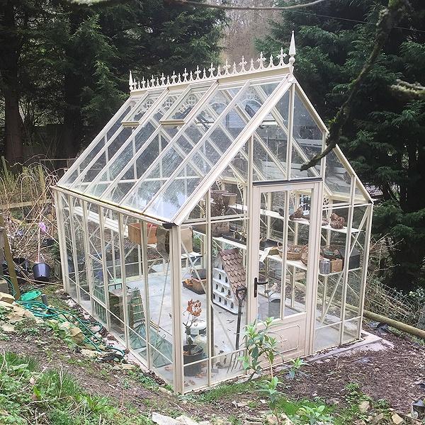 Robinsons Ratcliffe Greenhouse