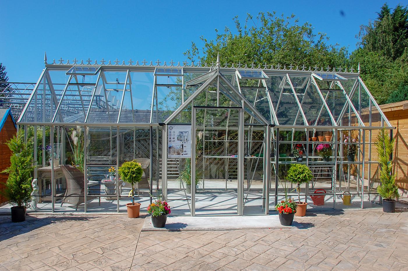 Stunning Robinsons Radley Victorian greenhouse.